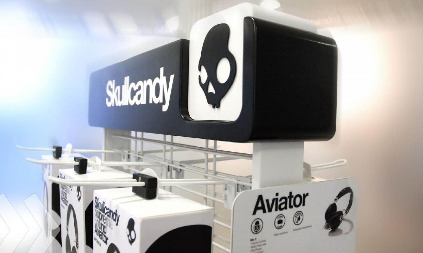 skullcandy 01 display shopfitting warenpräsentation
