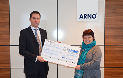 news 28 Donation for Nürtinger Tafel