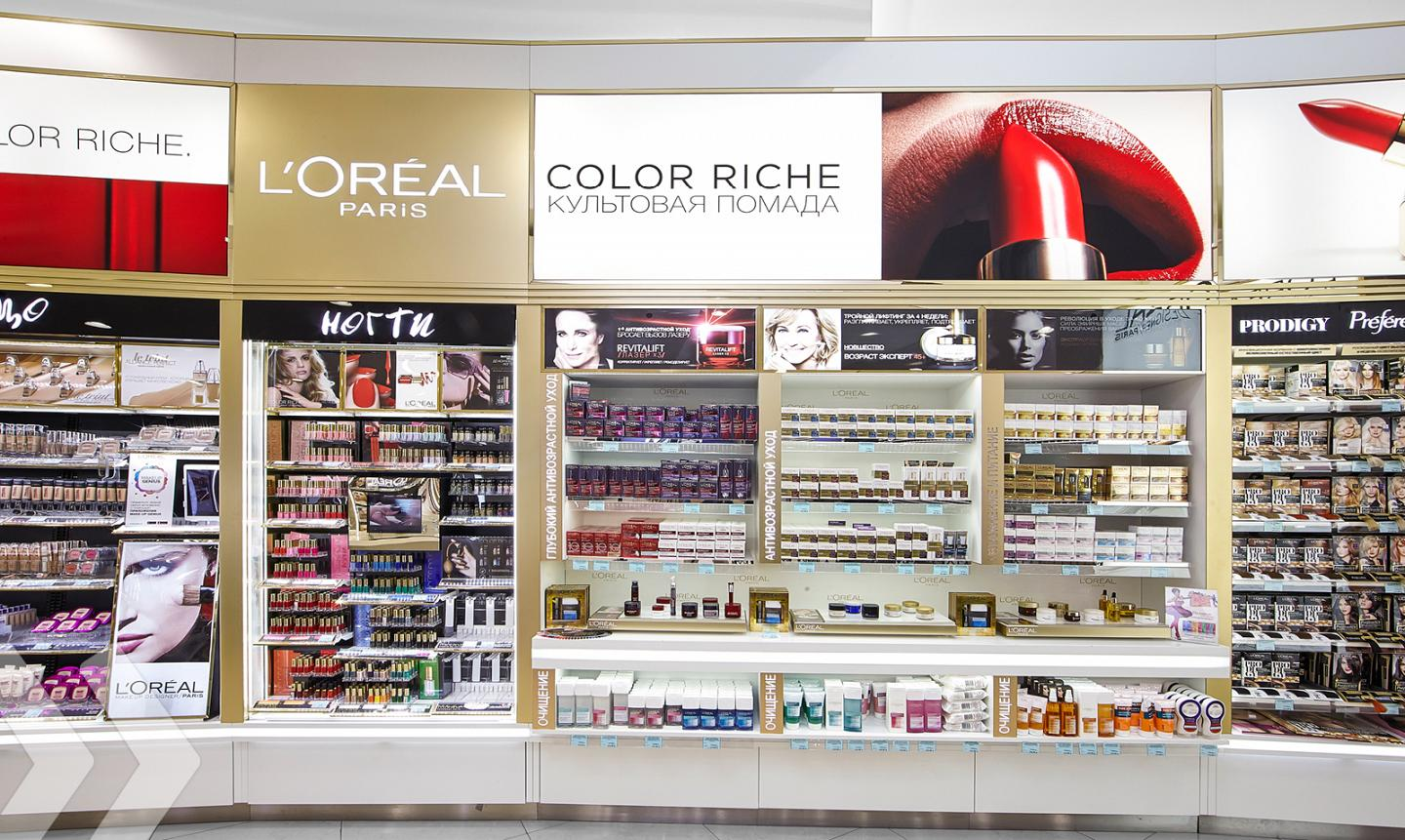 L'Oréal Shop in Shop Russia 03