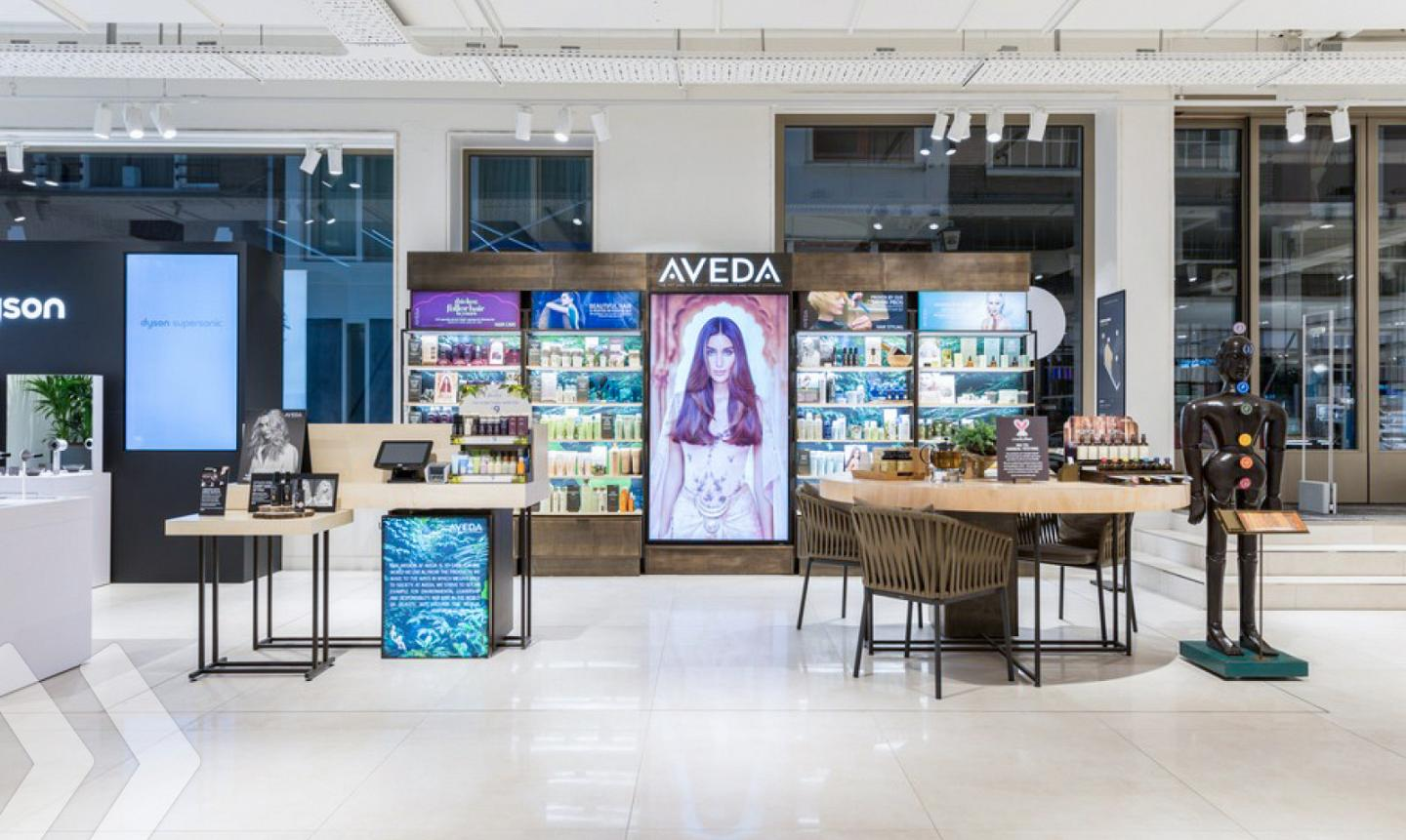 Aveda Shop in Shop 01