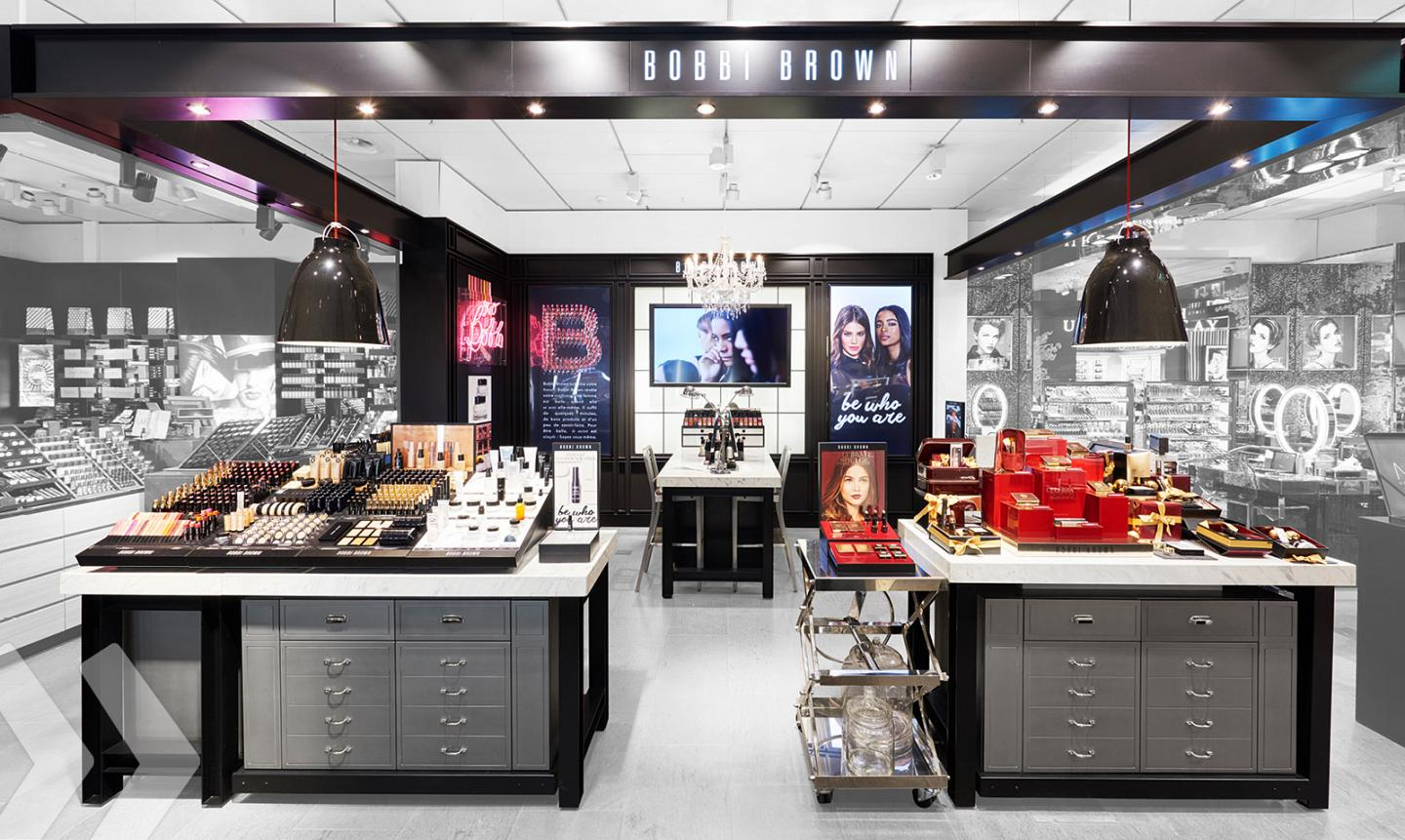 Bobbi Brown Shop in Shop 01