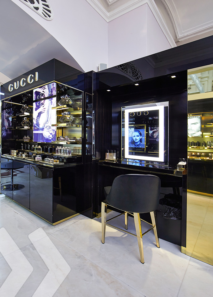 Gucci Shop In Shop Arno Group