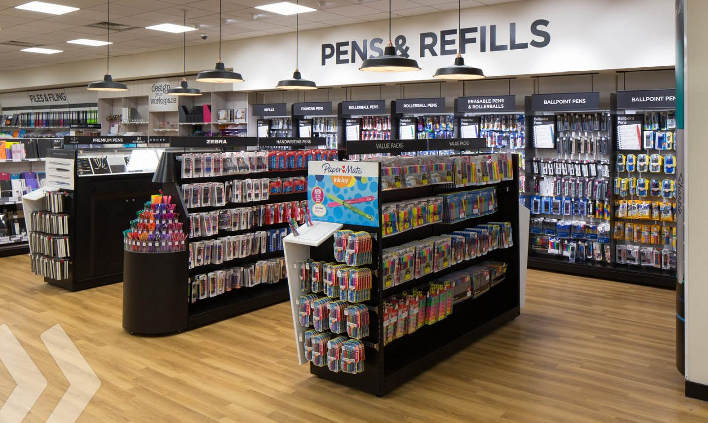 WHSmith shop in shop made by ARNO 02