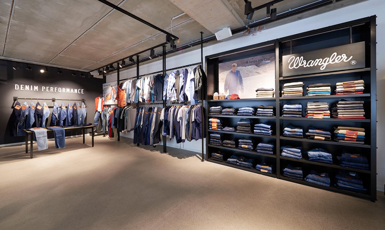 Bugatti Shoes Store